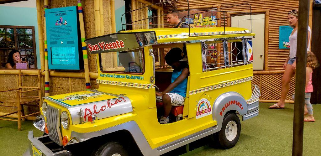 black kids do travel - honolulu with kids
